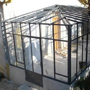 Véranda vitrée avec toit