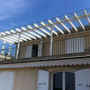 Auvent balcon vitré