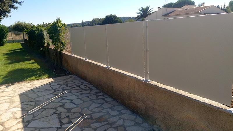 Clôture fer muret pour jardin
