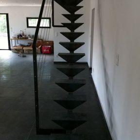 escalier fer droit - ferronnerie sigonneau -Gard
