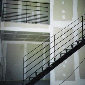 Escalier droit construction neuve