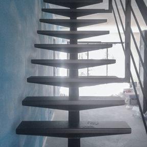 Escalier en fer forgé intérieur, pose et création Vaucluse