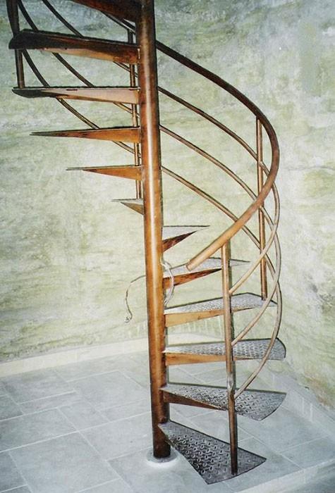 Escalier hélicoïdale ferronnerie