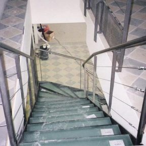 escalier fer tournant - ferronnerie sigonneau -avignon
