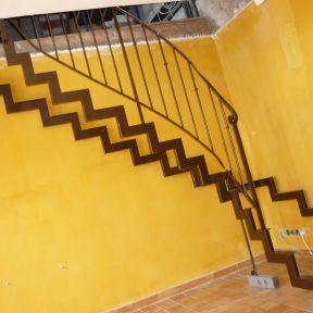 escalier fer tournant - ferronnerie sigonneau -mazan