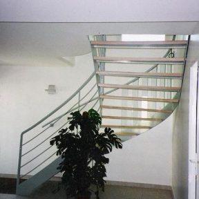 escalier fer tournant - ferronnerie sigonneau -vedene