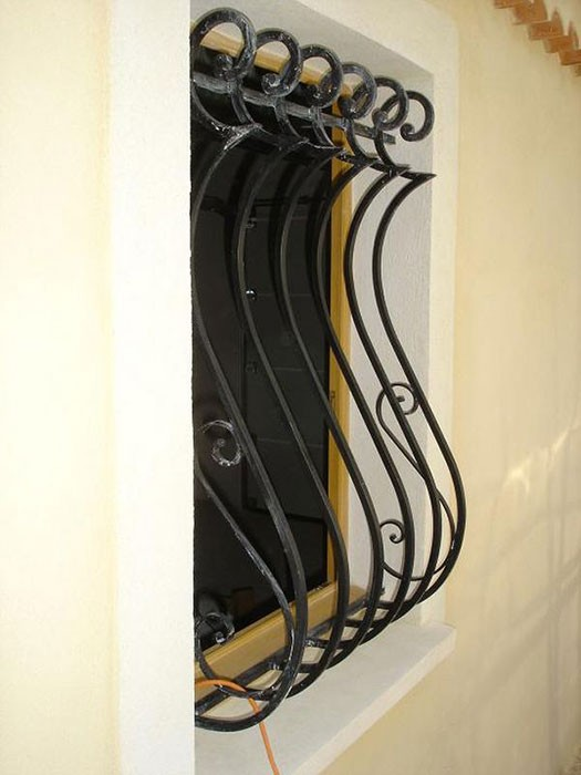 Grille défense en fer fenêtre