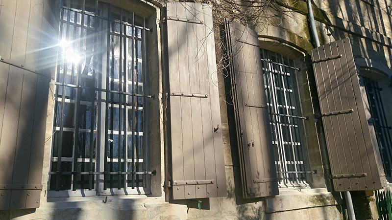 Grille défense fenêtre centre ville