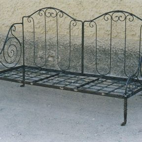 Canapé sur mesure en fer forgé