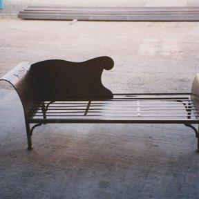 Canapé design en fer forgé
