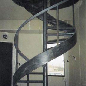 Escalier hélicoïdale tournant